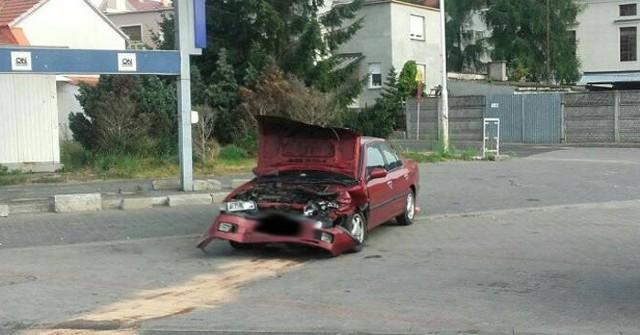 Kierowca nissana został przewieziony do szpitala w Zielonej Górze.