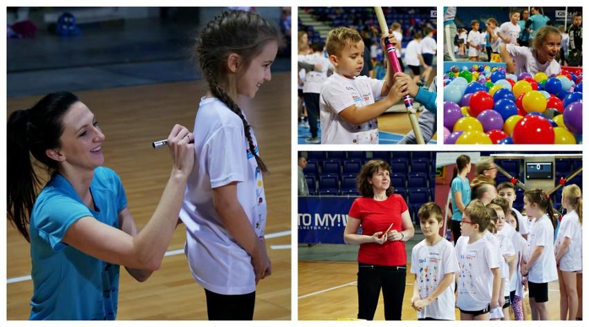 Monika Pyrek Camp w Szczecinie: Ponad 300 dzieci z regionu uczyło się skakać o tyczce [ZDJĘCIA]