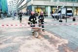 Wrocław: Olej spożywczy sparaliżował centrum. Zamknięte ulice, to nie żart (ZDJĘCIA)
