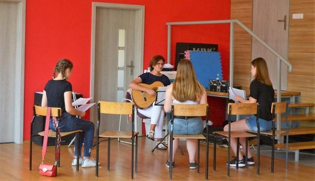 Warsztaty wokalne odbywają się grupach