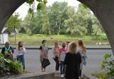 Tunele pod zamkiem w Oświęcimiu już można zwiedzać. Nowa atrakcja turystyczna bardzo podobała się pierwszym zwiedzającym [ZDJĘCIA]