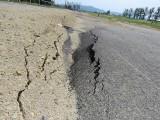 Andrychów. Nowa strefa ekonomiczna już w rozsypce. Zapadają się drogi, pęka mur oporowy [Zdjęcia]