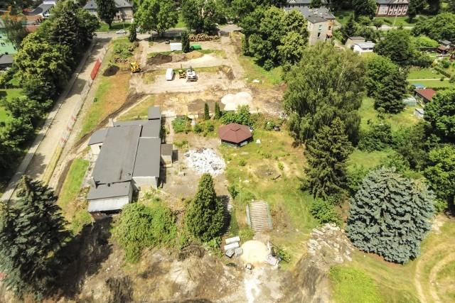 Nowy kompleks basenowy powstaje w miejscu starego basenu w Parku Grabek Zobacz kolejne zdjęcia/plansze. Przesuwaj zdjęcia w prawo - naciśnij strzałkę lub przycisk NASTĘPNE