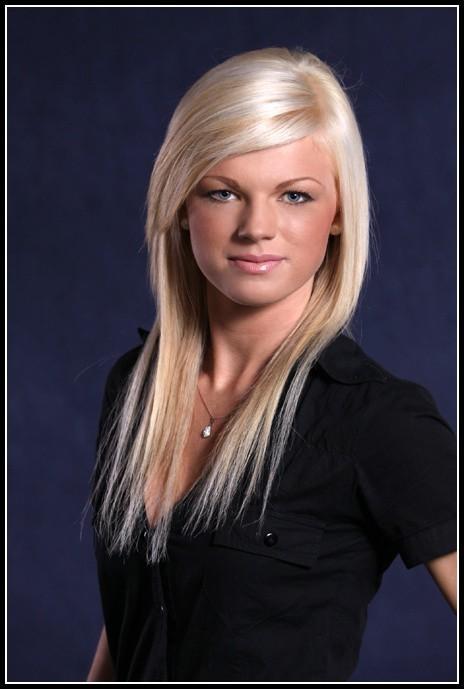 Emila Andrzejuk w konkursie Miss Podlasia 2009 startuje z numerem 6.