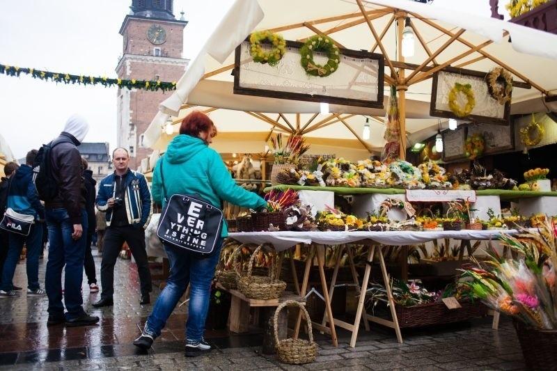 Kraków. Wielkanocne specjały na Rynku Głównym [ZDJĘCIA, WIDEO]