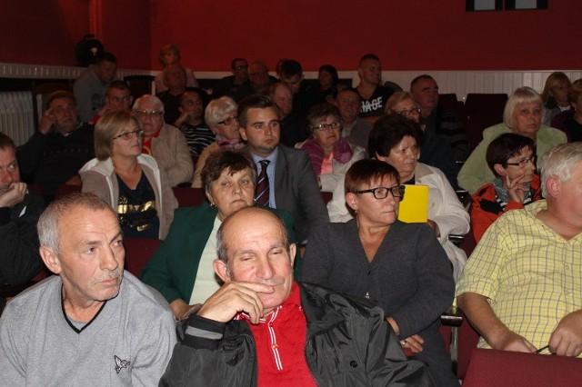 Mieszkańców czeka jeszcze decyzja, jaką formę ma przybrać sala widowiskowa, która również planowana jest do modernizacji.