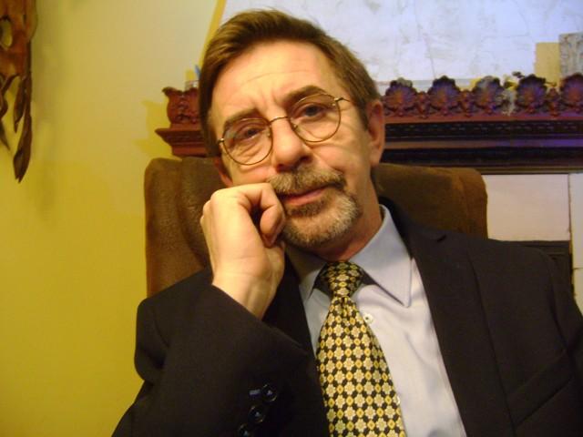 Wszyscy jesteśmy dłużnikami - wywiad z psychologiem Romanem PomianowskimRoman Pomianowski, psycholog, inicjator Programu Wsparcia Zadłużonych