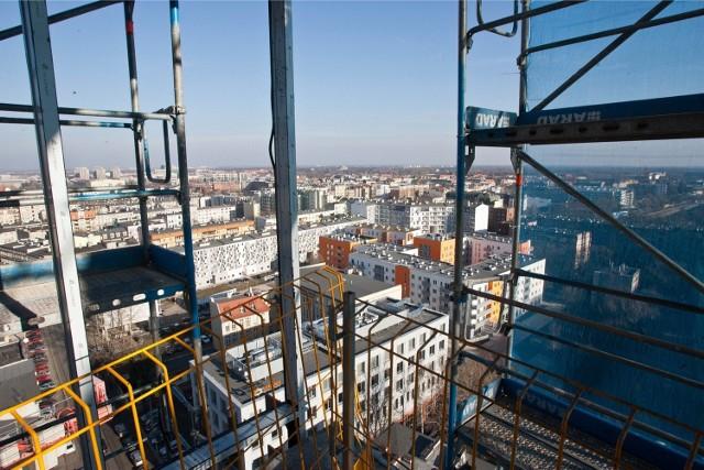 Silver Tower Center - widok z budynku na Wrocław
