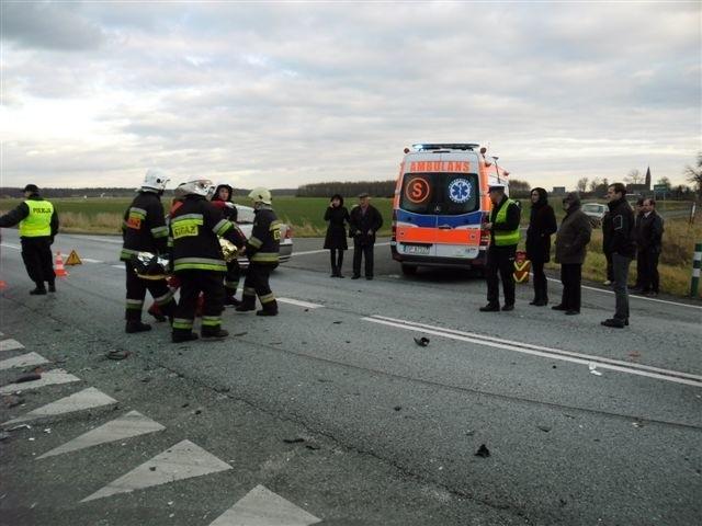 Jełowa: audi zderzyło się z renault. Do wypadku doszło w niedzielę (18 grudnia)