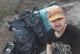 Poznań: Marcin Nowakowski nadal sprząta forty i parki. Sam i z zachowaniem zasad bezpieczeństwa