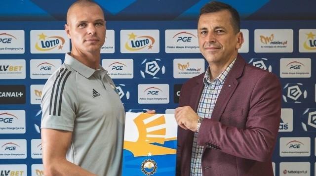 Były zawodnik między innymi Naprzodu Jędrzejów Kamil Beszczyński został trenerem bramkarzy PGE FKS Stali Mielec.