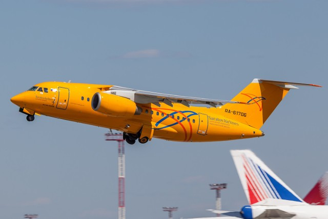 An-148 linii Saratov Airlines