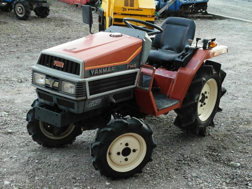 Yanmar F145 4x4 Traktorek 14KM Maszyna Komunalna...