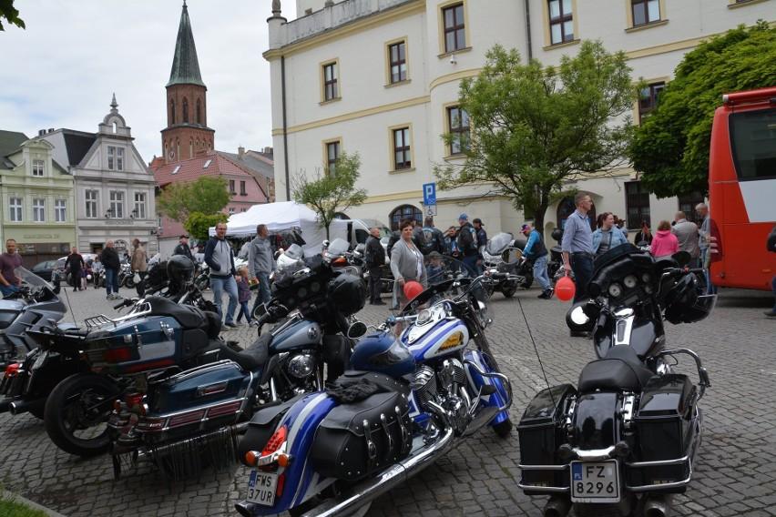 Akcja Motokrew zorganizowana przez klub Nine Six MC oraz...