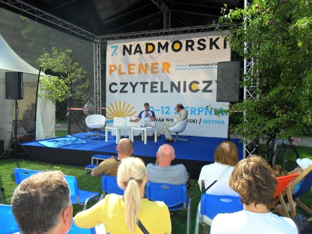 Nadmorski Plener Czytelniczy w Gdyni. Dziś ostatnia okazja, aby odwiedzić Bulwar Nadmorski.