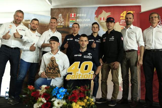 40. Rajd Dakar ruszy 6 stycznia z Limy. Następnie przejedzie przez Boliwię i wjedzie do Argentyny, gdzie na 20 stycznia zaplanowana jest meta w Cordobie.
