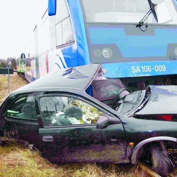 27 stycznia 2008 r. na niestrzeżonym przejeździe pod Mrągowem opel wjechał pod szynobus. Kierowca zginął na miejscu. Pasażerom szynobusu nic się nie stało.