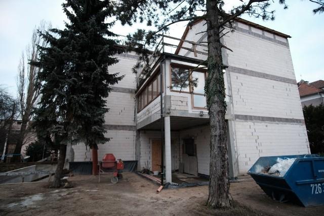 Stowarzyszenie trzy lata temu rozpoczęło budowę. Na jej dokończenie brakuje jednak pieniędzy.