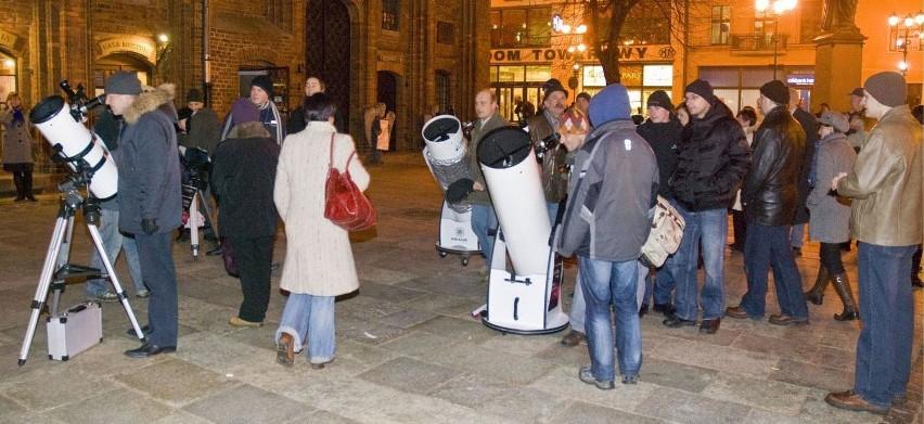 Relacja z pokazu nieba z okazji 537 rocznicy urodzin Mikołaja Kopernika w Toruniu od Czytelnika [zdjęcia]