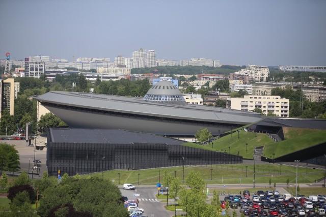 Spodek w KatowicachZobacz kolejne zdjęcia. Przesuwaj zdjęcia w prawo - naciśnij strzałkę lub przycisk NASTĘPNE