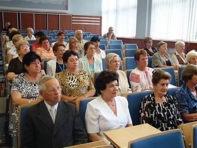 Na zakończeniu roku akademickiego było nie tylko uroczyście, ale wręcz entuzjastycznie... Fot. Anna Szopińska