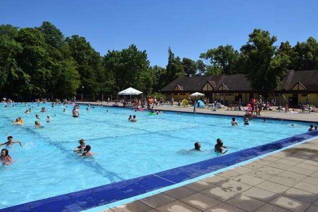 Kąpielisko przy ul. Wrocławskiej w Bytomiu zostanie otwarte w sobotę, 18 lipca. Zobacz kolejne zdjęcia. Przesuwaj zdjęcia w prawo - naciśnij strzałkę lub przycisk NASTĘPNE