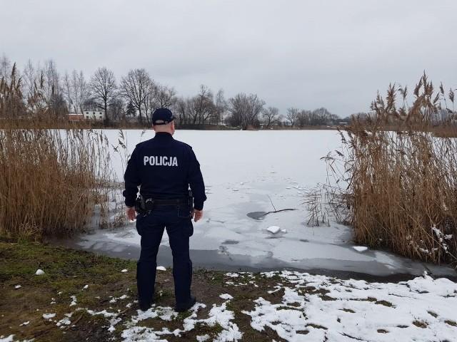 To na tym wyrobisku w Koźlu Rogach pod 29-latką załamał się lód.