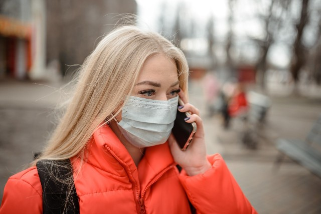 Opolskie urzędy proszą klientów o kontaktowanie się zdalnie.