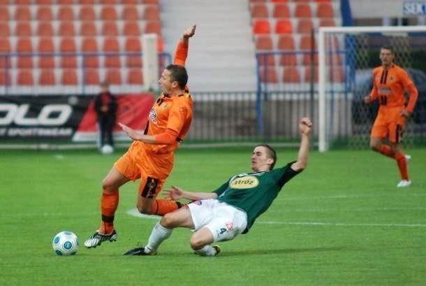W meczu 5 kolejki I Ligi KSZO Ostrowiec przegrało z Wartą Poznań 0:1