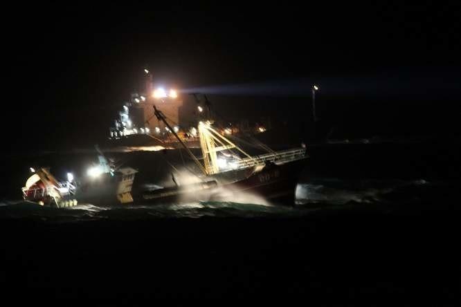 Akcja ratunkowa przy Baltic Ace.
