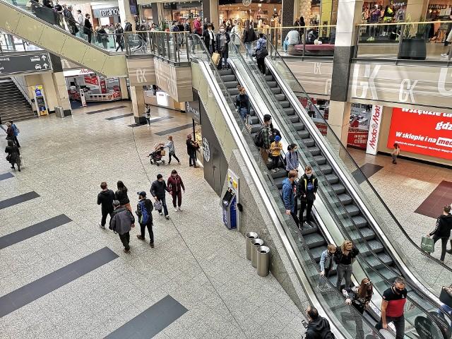 W sobotę mieszkańcy Krakowa i okolic tłumnie ruszyli na zakupy do galerii handlowych