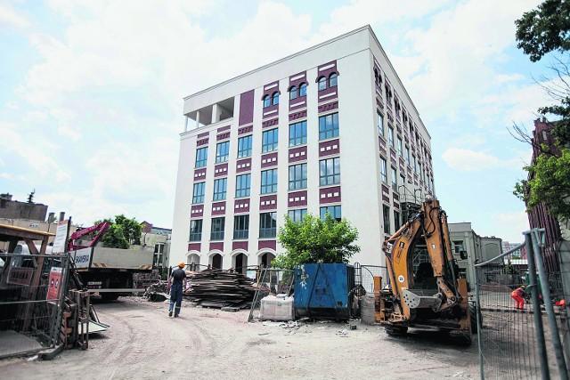 Przy ul. Wólczańskiej 221/223 powstaje budynek, w którym studenci Politechniki Łódzkiej będą mogli poznawać tajniki nauki w formacie 3D.