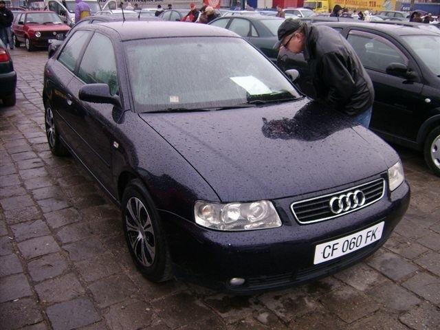 Audi A3, 2002 r., 1,9 TDI, 6-biegowa skrzynia biegów, klimatronic, centralny zamek, 8x airbag, autoalarm, 25 tys. 900 zl + koszt rejestracji