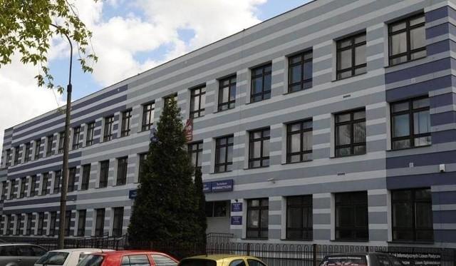 Budynek ZSI przy ulicy Koszalińskiej w Słupsku.