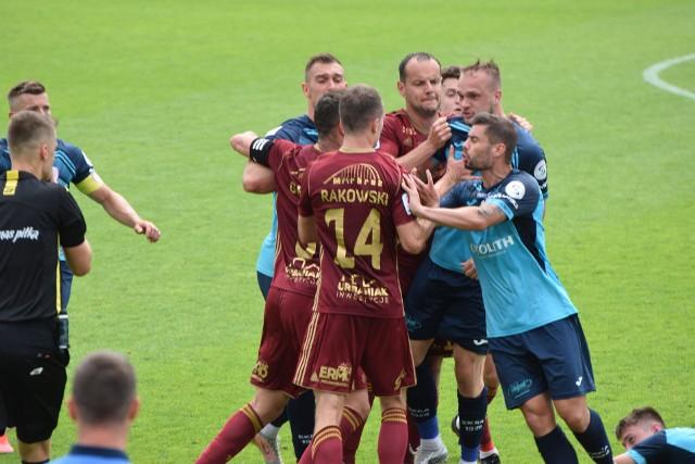 Chojniczanka Chojnice przegrała na swoim boisku pierwszy mecz w barażach o wejście do I ligize Skrą Częstochowa
