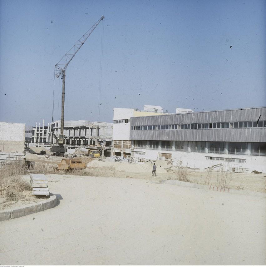 Budowa hal fabryki Agnella pod koniec lat 70....
