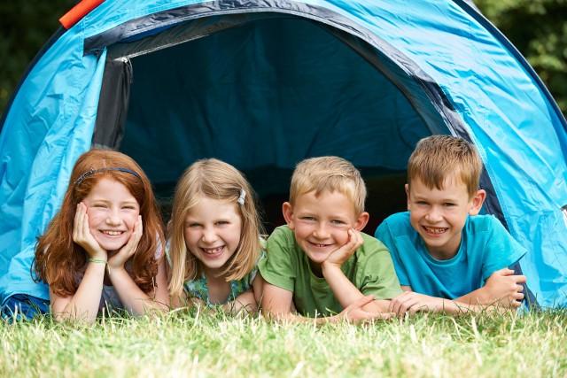 Wakacje pod namiotem to wyjątkowa przygoda dla dzieci