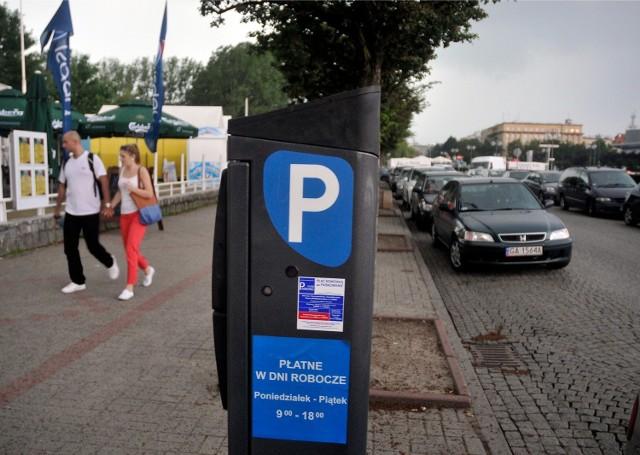 Władze Gdyni obstają przy tym, iż oznakowanie poziome miejsc postojowych w strefie parkowania nie jest konieczne