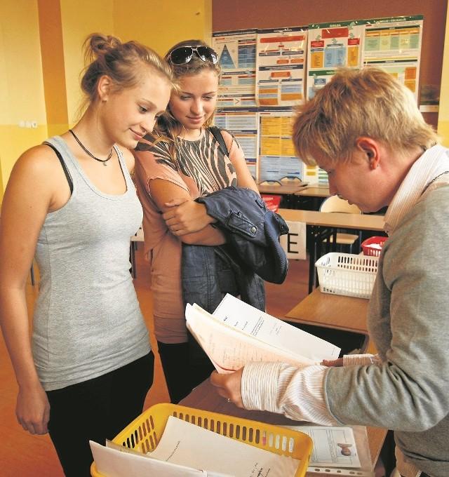 IX LO przy ul. Piotra Skargi - w ubiegłym roku trzeba było zdobyć podczas rekrutacji co najmnej 80 punktów, żeby się do niego dostać