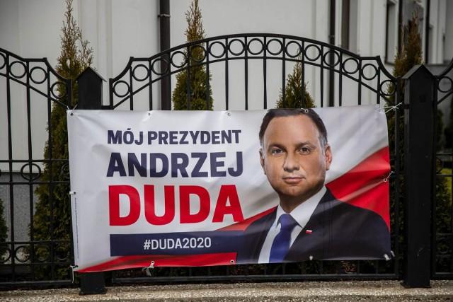 Wybory prezydenckie 2020. Prezydent Andrzej Duda z 2 milionami podpisów w PKW