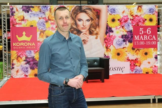Michał Góźdź, dyrektor Galerii Korona w Kielcach zaprasza wszystkie panie do strefy piękna, która zostanie zaaranżowana w weekend w centrum handlowym.