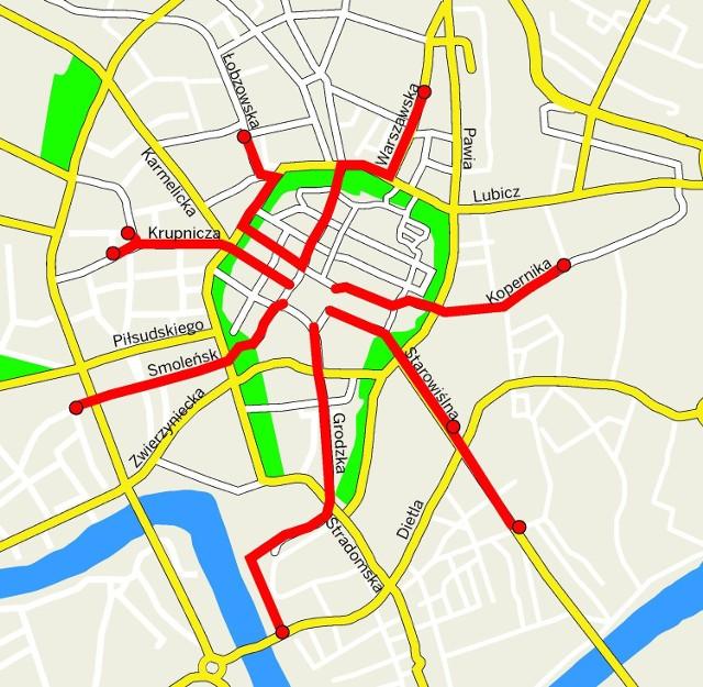 Na czerwono zaznaczone są punkty przesiadkowe i trasy przejazdu rowerów na Rynek