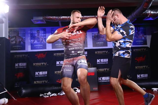 Michał Andryszak to bardzo nieobliczalny zawodnik, który nie uznaje walk na pełnym dystansie