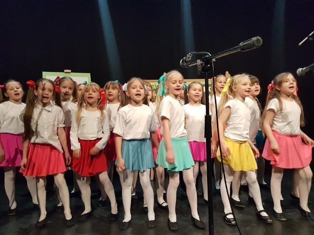 Ubiegłoroczna edycja konkursu także zgromadziła ponad pół tysiąca uczestników - od przedszkolaków do maturzystów