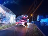 Pożar sadzy w kominie domu w Przylepie. Takie sytuacje zimą to plaga. Czasami mogą skończyć się tragedią!