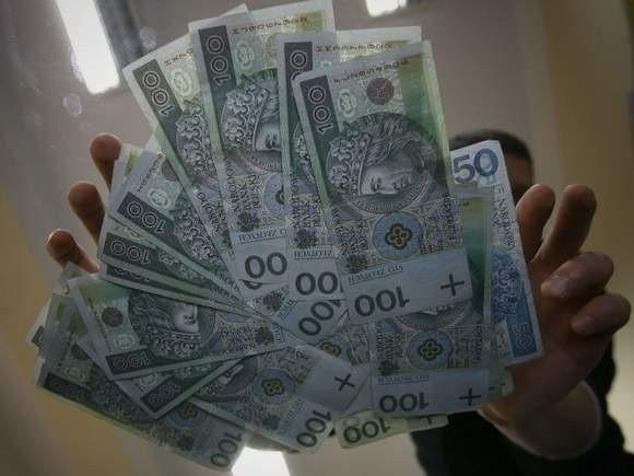 Mieszkanka Koszalina straciła 35 tysięcy złotych.