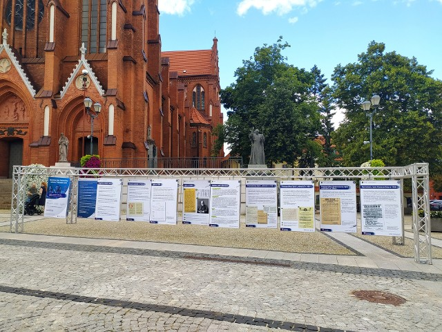 Od dzisiaj (3 sierpnia) na Placu Jana Pawła II można oglądać wystawę poświęconą Narodowemu Spisowi Powszechnemu.