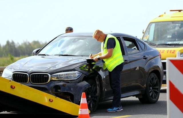 Jest wyrok dla Kamila Durczoka w sprawie kolizji na autostradzie A1. Jaką karę otrzymał Kamil Durczok za spowodowanie kolizji?Czytaj na kolejnym slajdzie