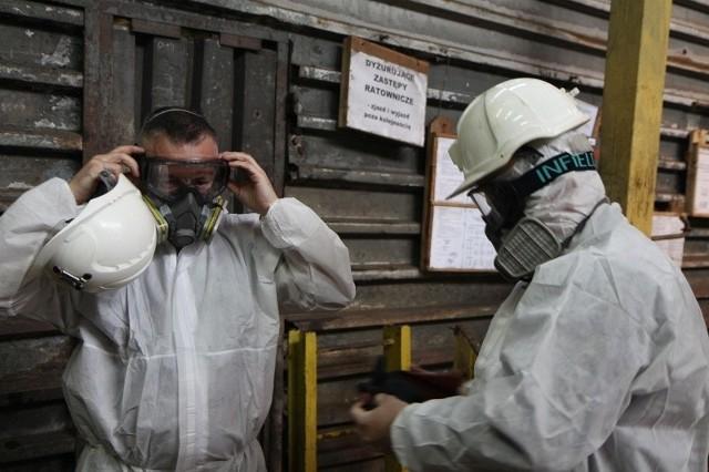 Środki prewencji koronawirusa stosowane w Ruchu Halemba kopalni Ruda w Rudzie Śl.,Zobacz kolejne zdjęcia/plansze. Przesuwaj zdjęcia w prawo - naciśnij strzałkę lub przycisk NASTĘPNE