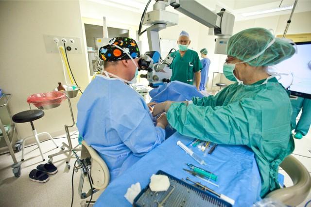 Operacje zaćmy wracają do szpitala w Zawierciu